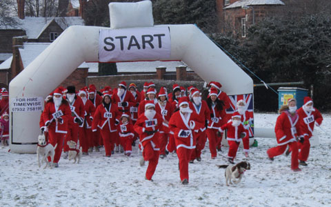The 2010 Santa Fun Run in Lichfield