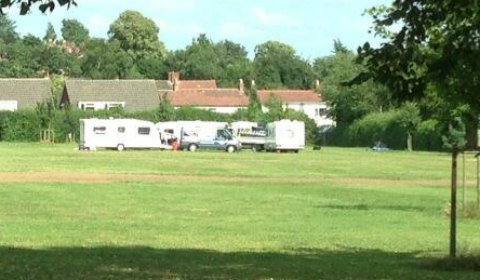 Travellers on land at Shortbutts Park