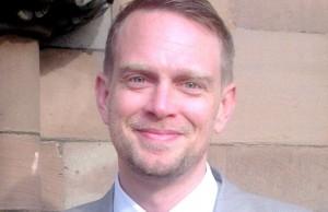 Simon Warburton