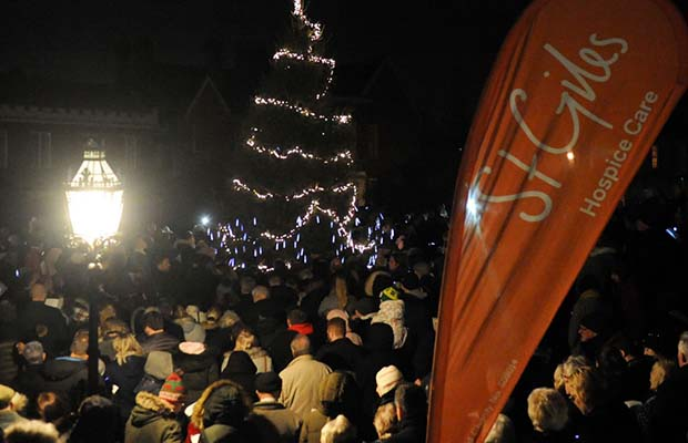 A St Giles Hospice Light Up A Life service