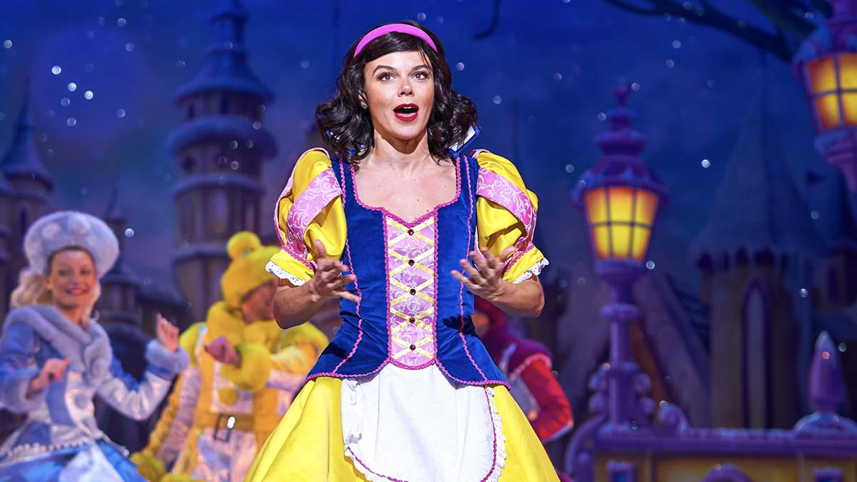 Snow White and the Seven Dwarfs at the Birmingham Hippodrome