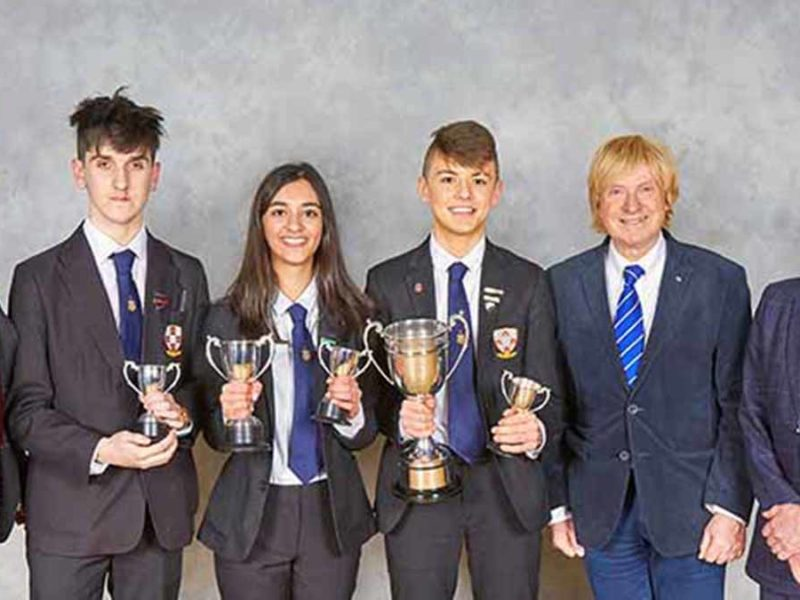 The winners of the 2018 speaking competition