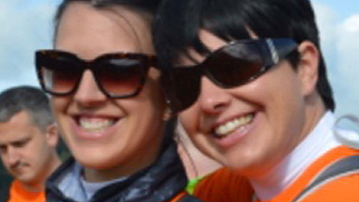 Laura and Ellen Knowles