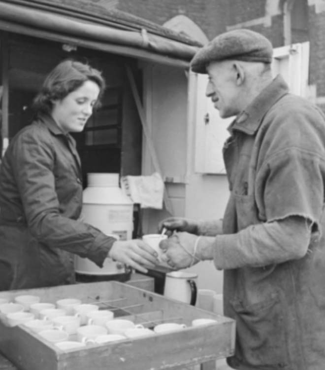Buying a cup of tea during the Second World War. Picture: Tea for II