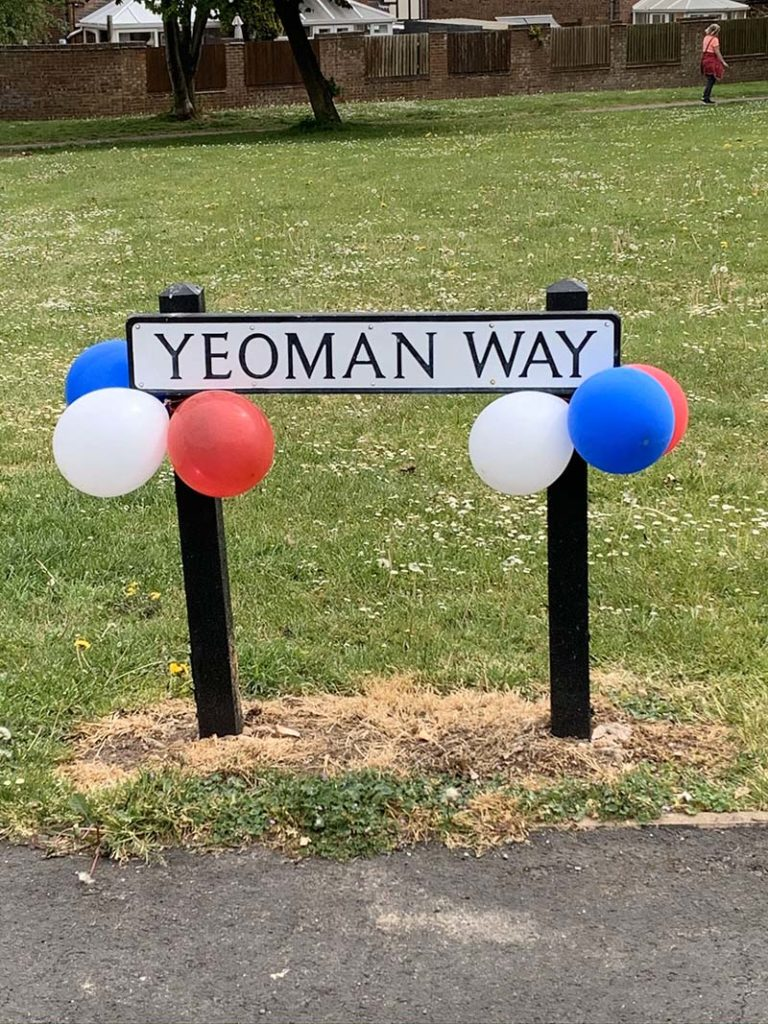 Yeoman Way in Armitage