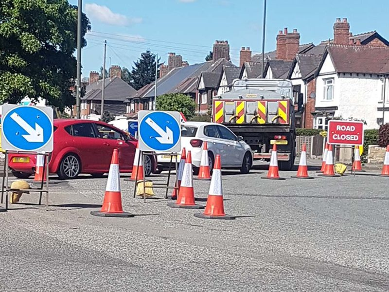Queues at Trent Valley island after roads were closed to accommodate the reopening of the tip in Lichfield