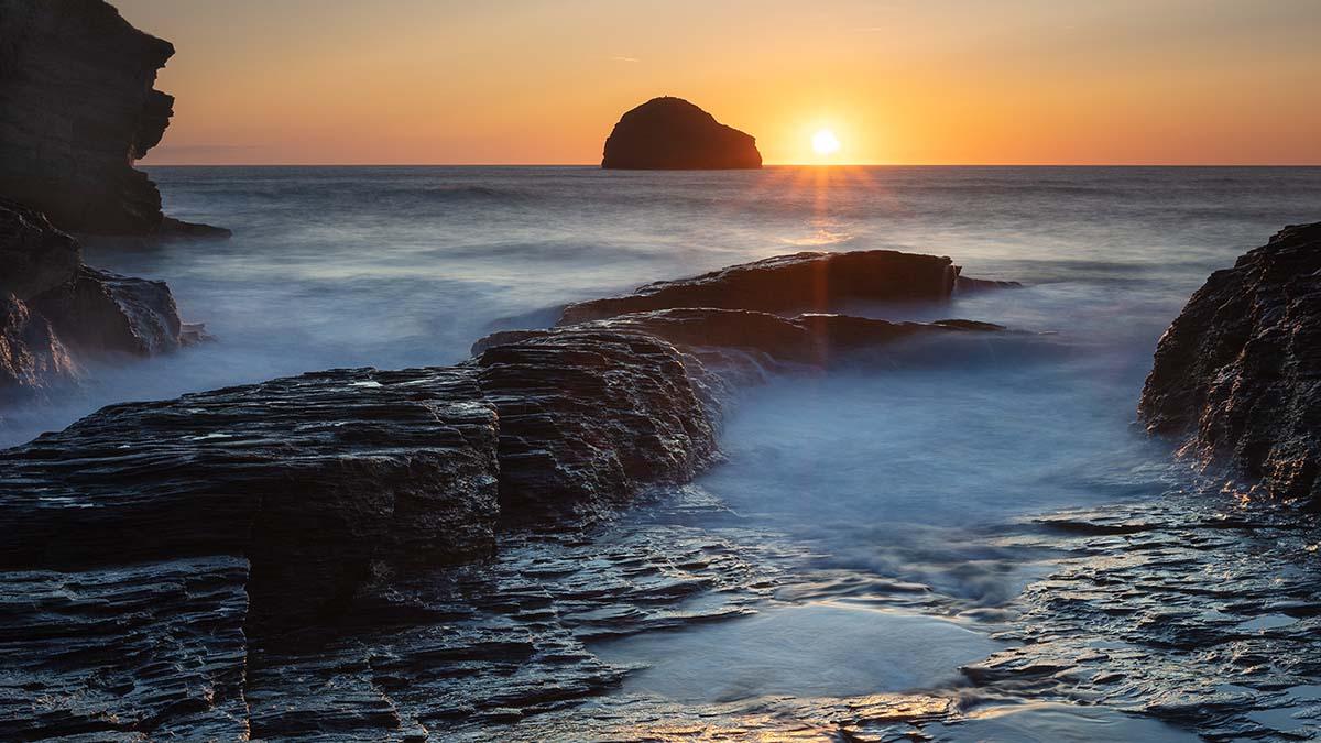 A Cornish Seascape - Darron Matthews