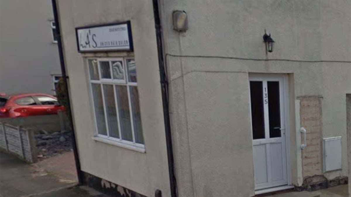 The LA hair salon in Burntwood. Picture: Google Streetview