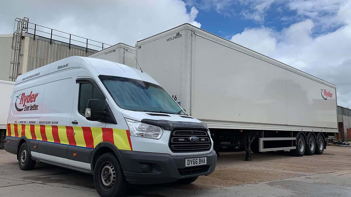 A Ryder mobile maintenance vehicle