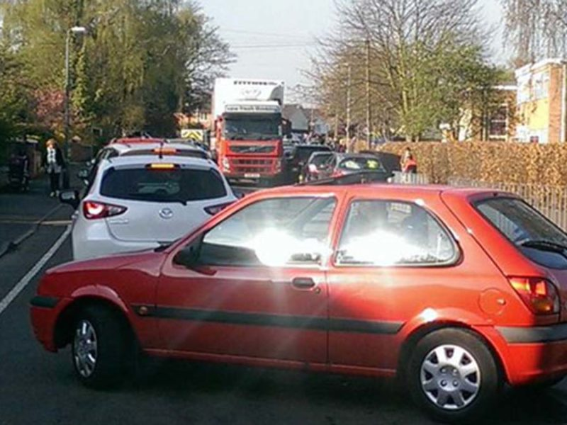 Congestion outside Lichfield schools at drop-off time