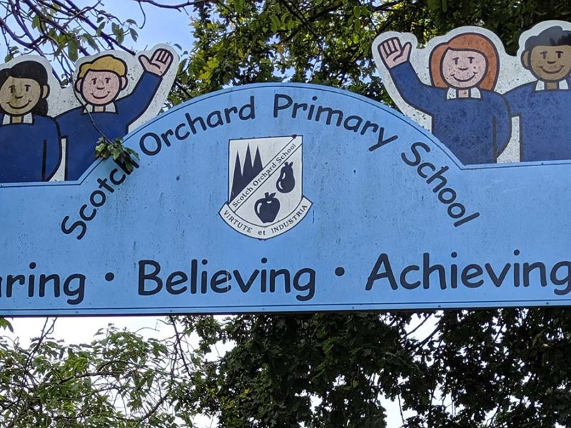 Scotch Orchard Primary School sign