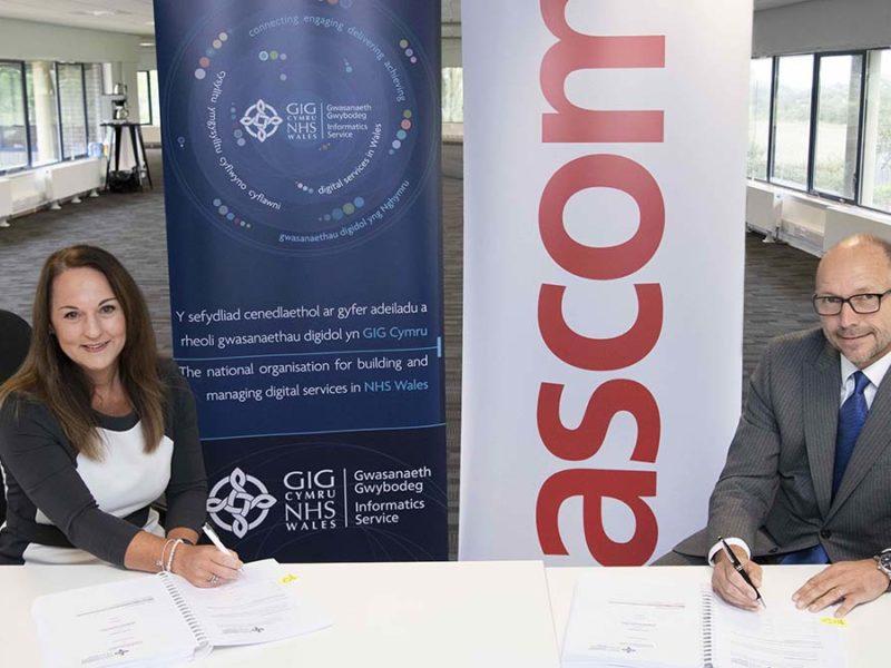 Helen Thomas (NHS Wales Informatics Service) and Paul Lawrence (Ascom UK)