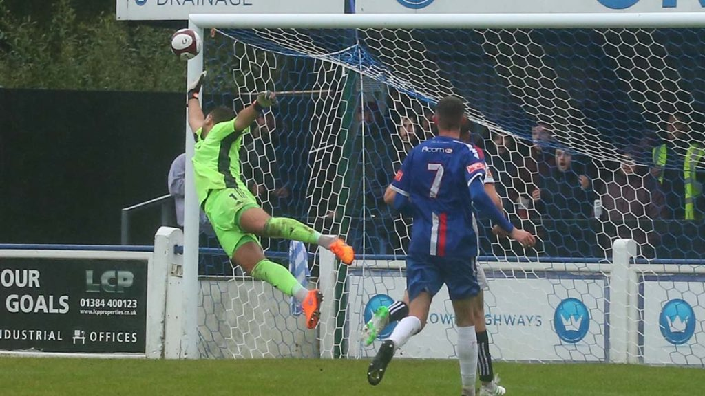 Joey Butlin's free kick finds the top corner. Picture: Dave Birt