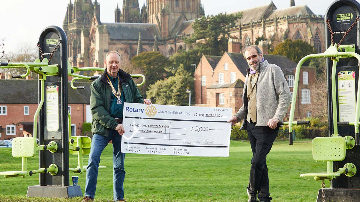 David Stainsby handed over the cheque to Simon Price. Picture: Robert Yardley