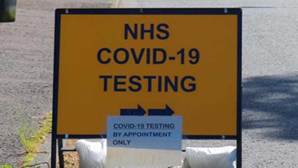 COVID testing centre sign