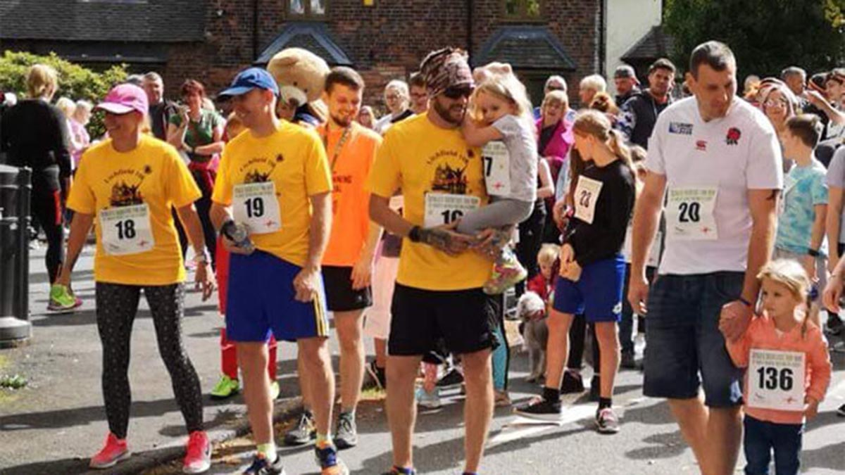 The world's shortest fun run in Burntwood