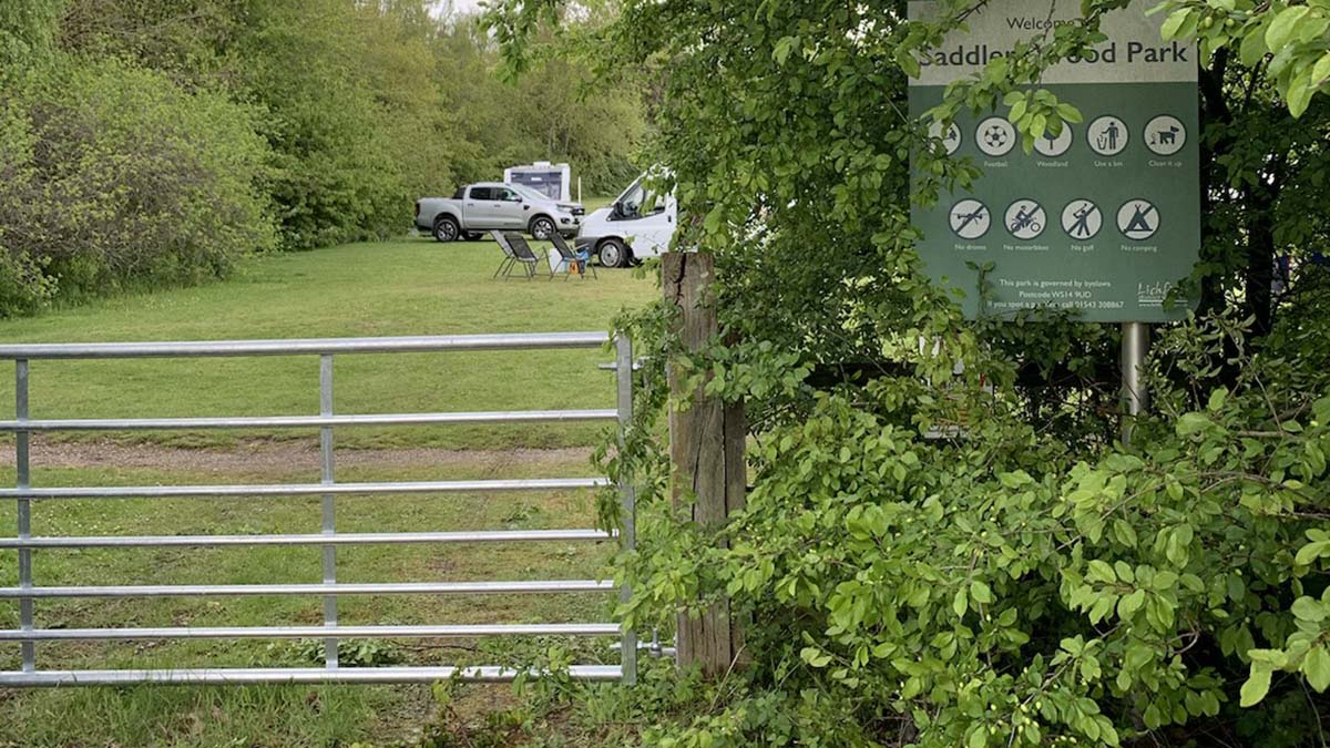 Travellers parked on Saddlers Park in Lichfield