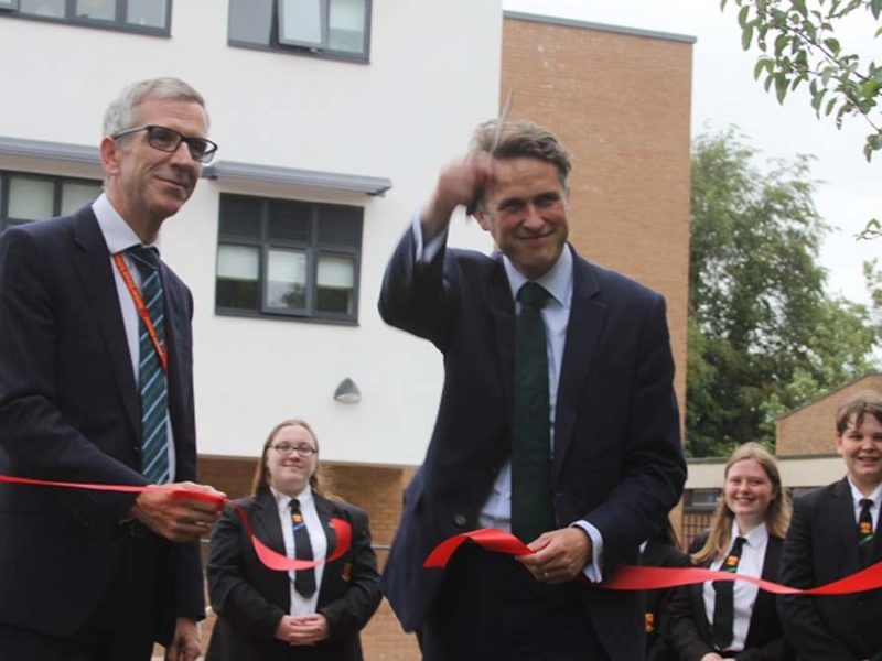 Gavin Williamson cutting the ribbon at Nether Stowe School