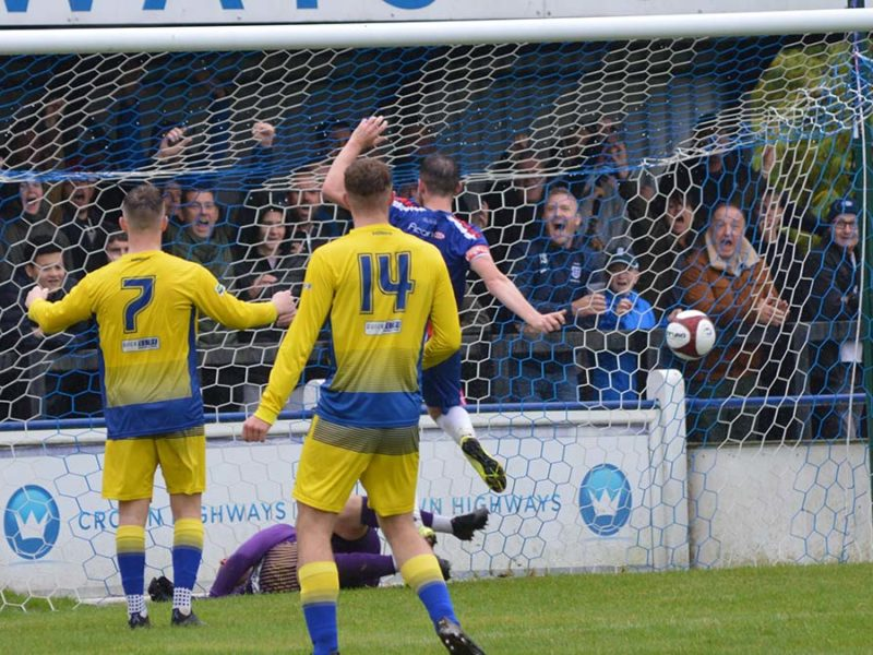 Chasetown v Uttoxeter Town. Picture: Louise Yates