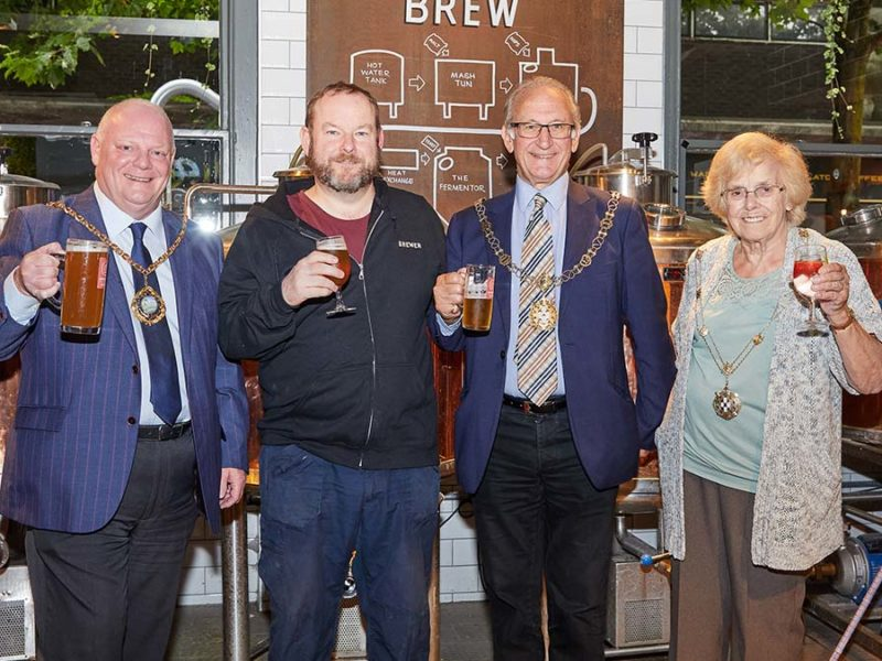 Cllr Robert Yardley with head brewer Mike Price, Sheriff Peter Hitchman and the Sheriff's Lady Pat Peters