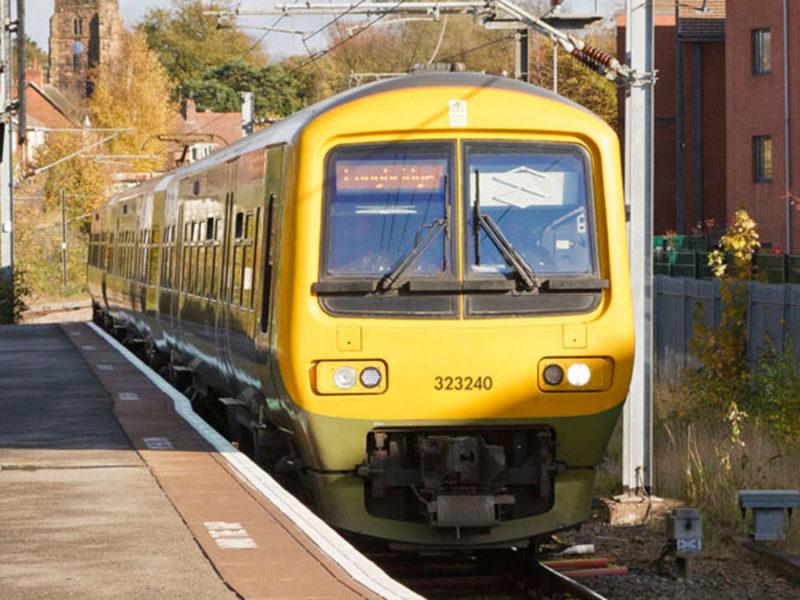 A train at Lichfield City station