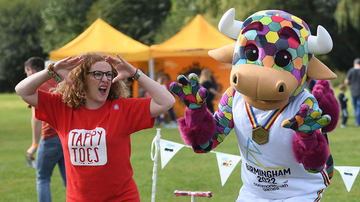 Perry the Commonwealth Games mascot taking part in a dance session